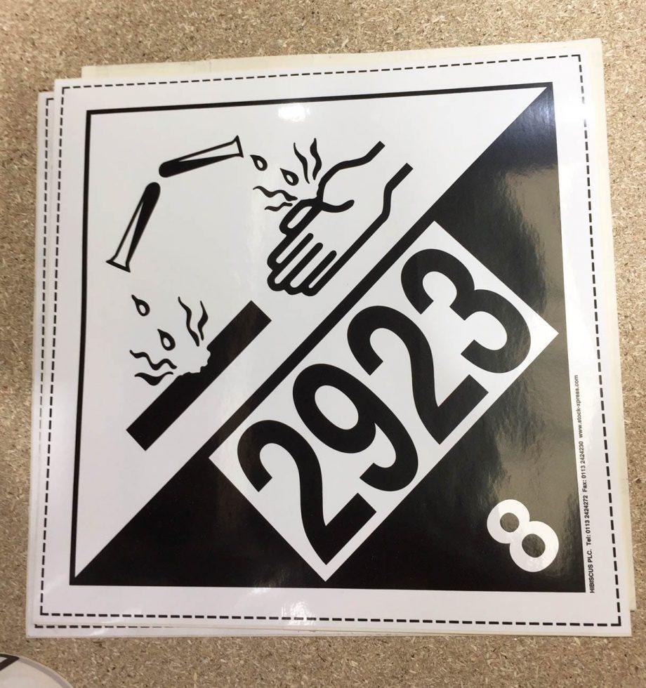 class 8 labels un2923